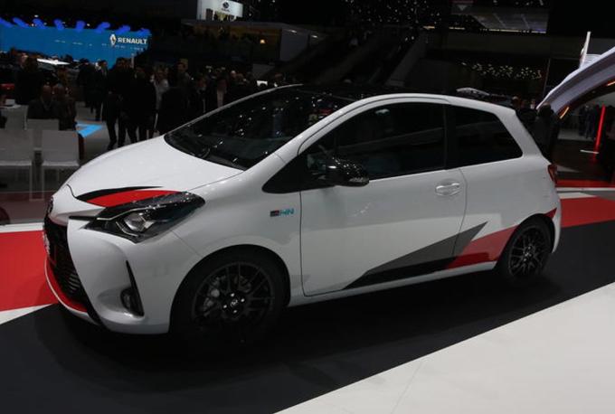 Toyota Yaris GRMN Turbo - Salone di Ginevra 2017