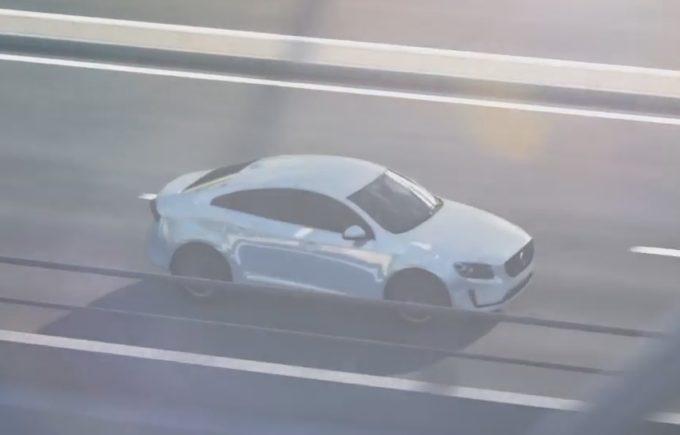 Nuova Volvo S40: fa la sua comparsa in un filmato legato alla sicurezza? [VIDEO]