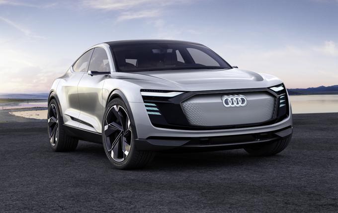 Audi e-tron Sportback: SUV coupè sportivo elettrico al Salone di Shanghai [FOTO]