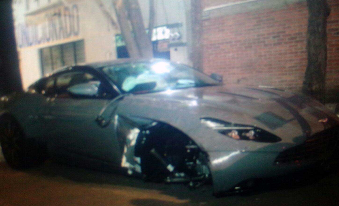 Aston Martin DB11: incidente nei pressi di Città del Messico