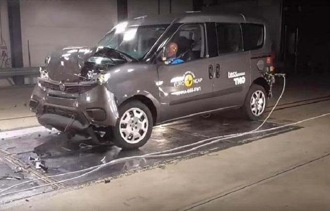 Fiat Doblò: tre stelle Euro NCAP ai crash test [VIDEO]