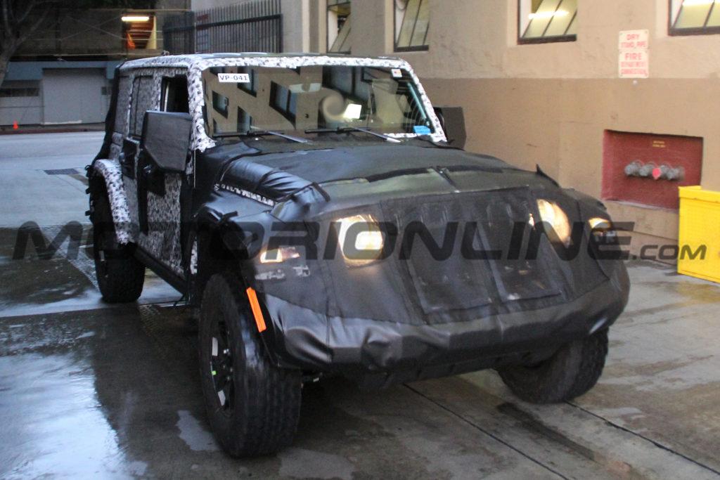 Jeep Wrangler MY 2018: avvistato il prototipo in strada [FOTO SPIA]