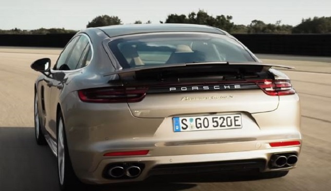 Porsche Panamera Turbo S E-Hybrid: accelerazione da sportiva pura [VIDEO]