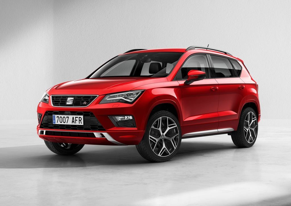 seat ateca fr arriva il nuovo allestimento sportivo per il suv spagnolo foto. Black Bedroom Furniture Sets. Home Design Ideas