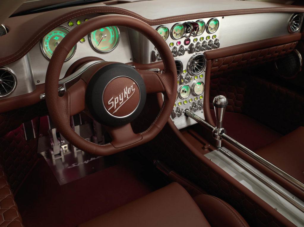 Spyker: cambio manuale per la maggior parte dei clienti