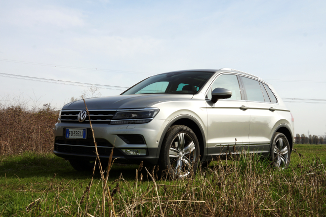 volkswagen tiguan le 5 cose da sapere speciale video. Black Bedroom Furniture Sets. Home Design Ideas