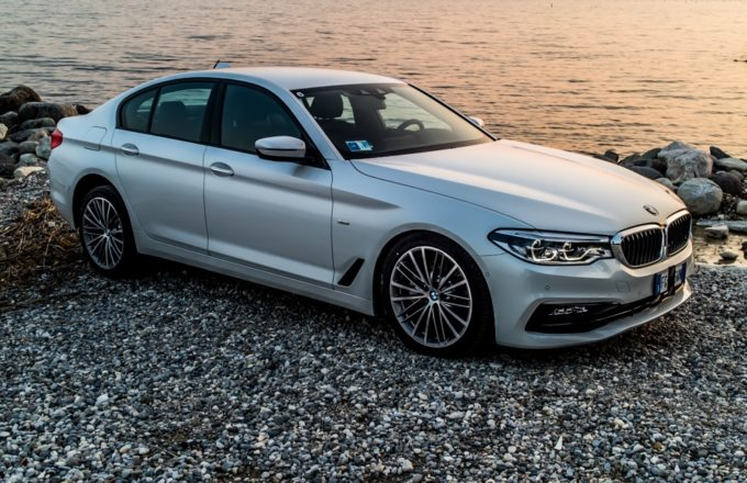 BMW Serie 5 MY 2017 conquista le cinque stelle Euro NCAP [VIDEO]