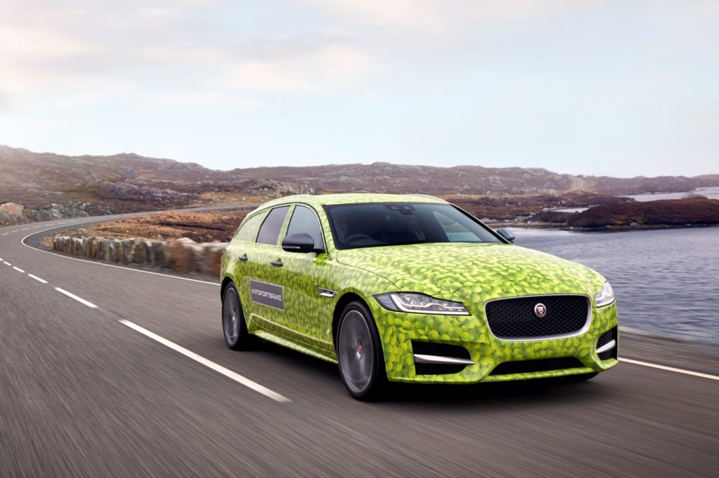 Jaguar XF Sportbrake: il nuovo modello sarà presentato il prossimo 14 giugno [VIDEO]