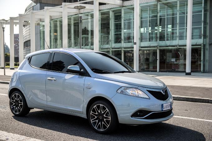 Il marchio Lancia non verrà più venduto in Germania, esclusa la Y dai listini