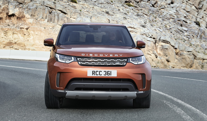 Land Rover Discovery MY 2017: nuove forme, nuove direzioni da esplorare [VIDEO]