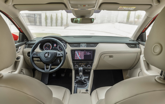 Škoda: la gamma più connessa e sicura grazie a nuovi aggiornamenti