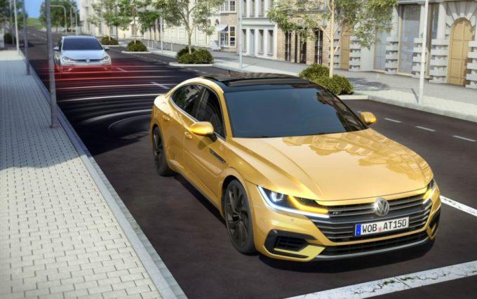 Volkswagen Arteon, alla scoperta del sistema proattivo di protezione Pre-Crash