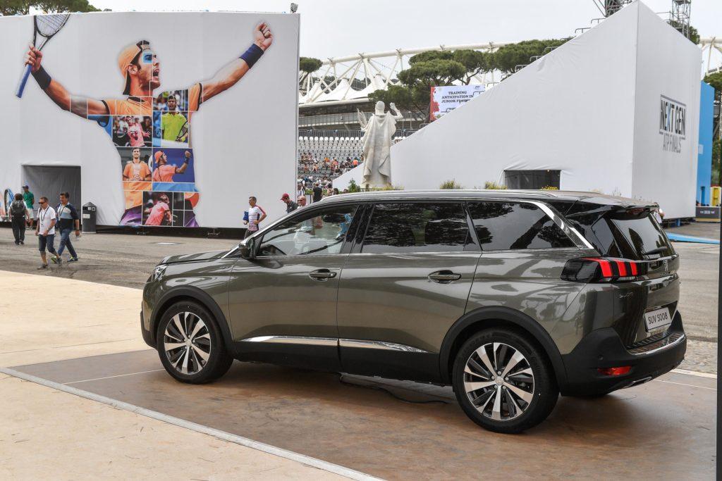 Peugeot 5008: porte aperte i prossimi 20 e 21 Maggio