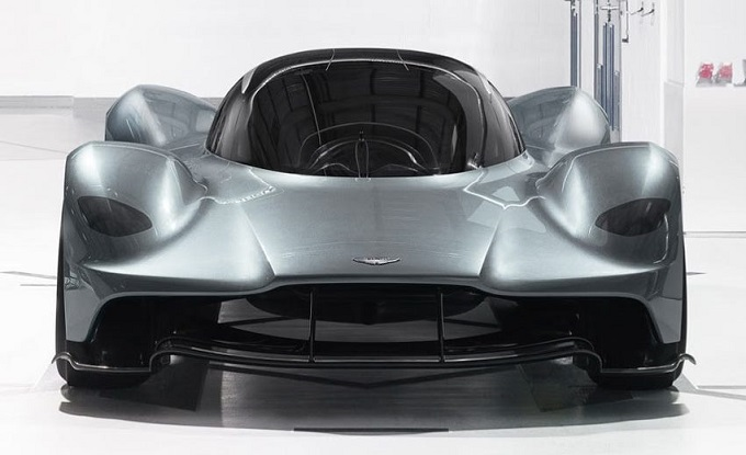Aston Martin lancerà una rivale della Ferrari 488 nel 2020