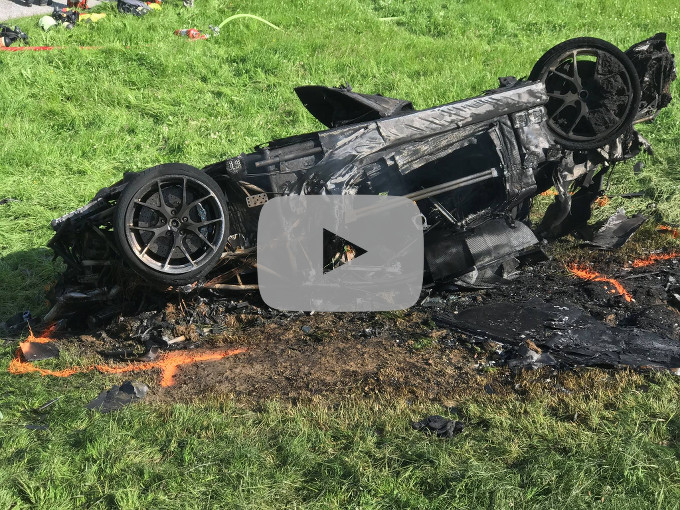 Brutto incidente per il presentatore Richard Hammond