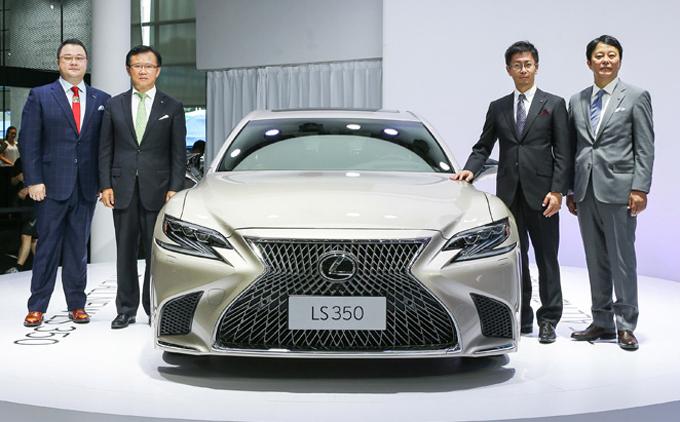 Lexus LS 350: l'entry level debutta al Shenzhen-Hong Kong-Macao International Auto Show