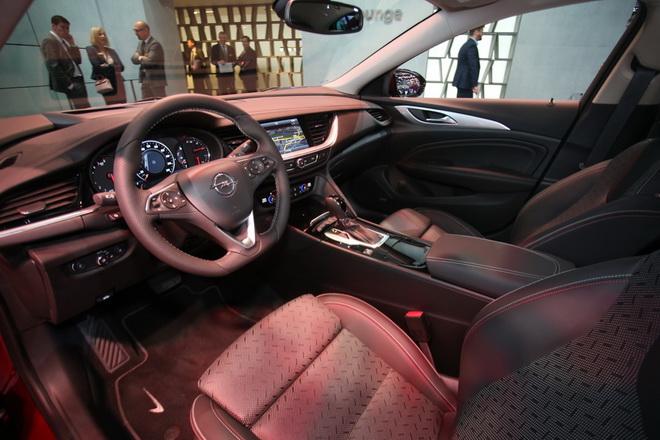 Opel apre il programma exclusive cfr audi per for Programma per disegnare interni