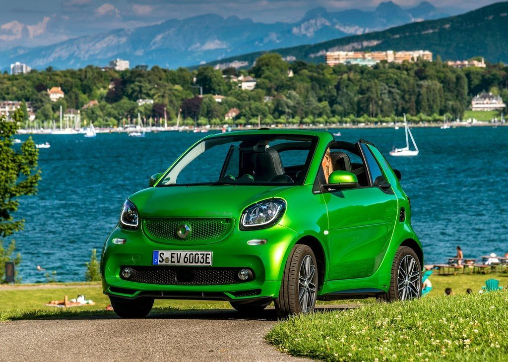 Smart fortwo electric drive - Roadshow 2017