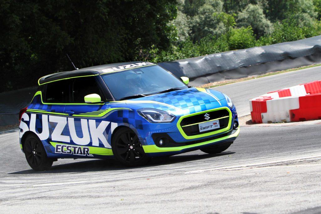 Salone dell'Auto di Torino: Suzuki mette in mostra una doppia anima [FOTO]