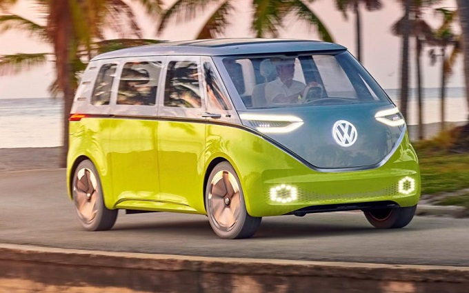 """Volkswagen I.D. Buzz, Wolfsburg conferma: """"Il minivan elettrico entrerà in produzione"""""""