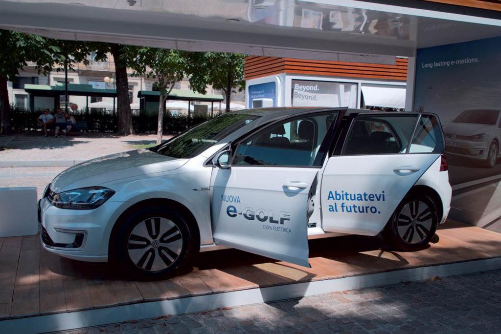 Volkswagen: l'e-Roadshow fa tappa a Milano
