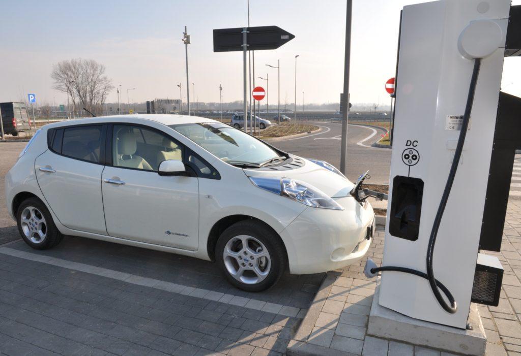 Auto elettriche: come e dove ricaricare