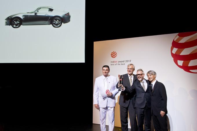 """Mazda MX-5 RF: vincitrice del premio """"Red Dot: Best of the Best"""""""