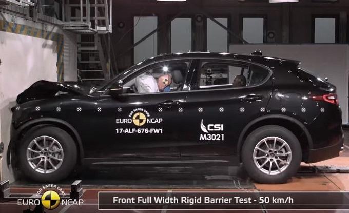 Alfa Romeo Stelvio è un SUV a cinque stelle: parola di Euro NCAP [VIDEO]