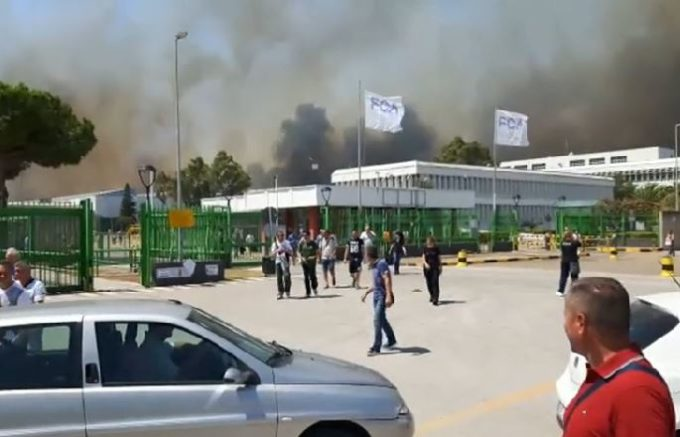 Incendi, lo stabilimento FCA di Termoli è stato parzialmente evacuato [VIDEO]