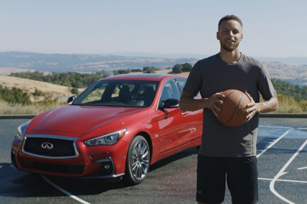 Infiniti va a canestro con la stella NBA Stephen Curry [VIDEO]