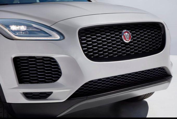 Jaguar E-PACE: ecco i motori e le trasmissioni del nuovo Suv compatto