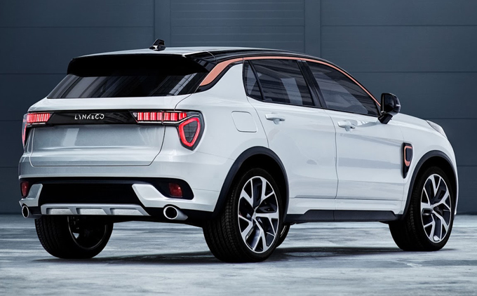 Lynk & Co 02: debutto imminente per il nuovo crossover