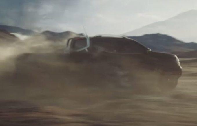Mercedes Classe X: presentazione il 18 luglio [VIDEO TEASER]