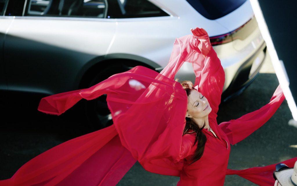 Mercedes EQ Concept, l'elettrico della Stella con la benedizione di Susan Sarandon [FOTO e VIDEO]