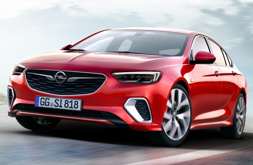 Opel Insignia GSi, la nuova sportiva che