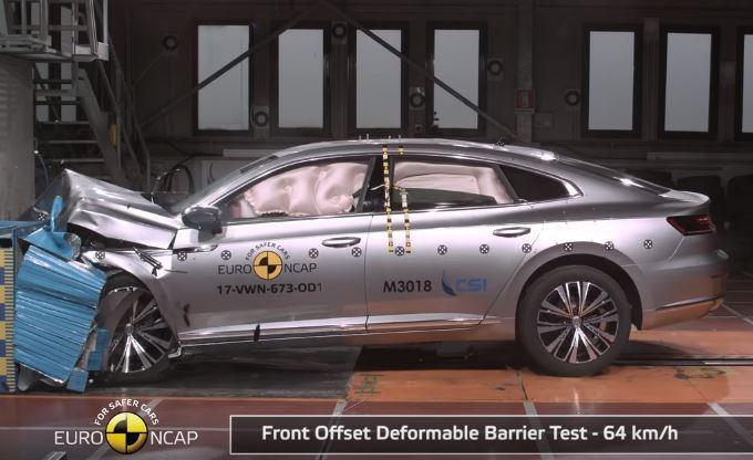 Volkswagen Arteon ottiene le 5 stelle Euro NCAP [VIDEO]