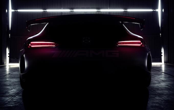 Mercedes AMG GT4: sarà svelata nel fine settimana della 24 Ore di Spa [TEASER]
