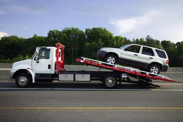 Carro Attrezzi: quanto costa richiedere il soccorso stradale