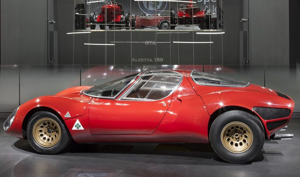 Alfa Romeo 33 Stradale festeggia i suoi 50 anni