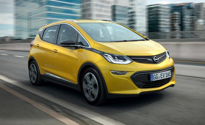 Opel Ampera-e: percorsi 750 chilometri con un'unica ricarica