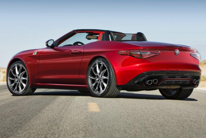 """Alfa Romeo Spider, idea stilistica per una nuova sportiva """"open air"""" [RENDERING]"""