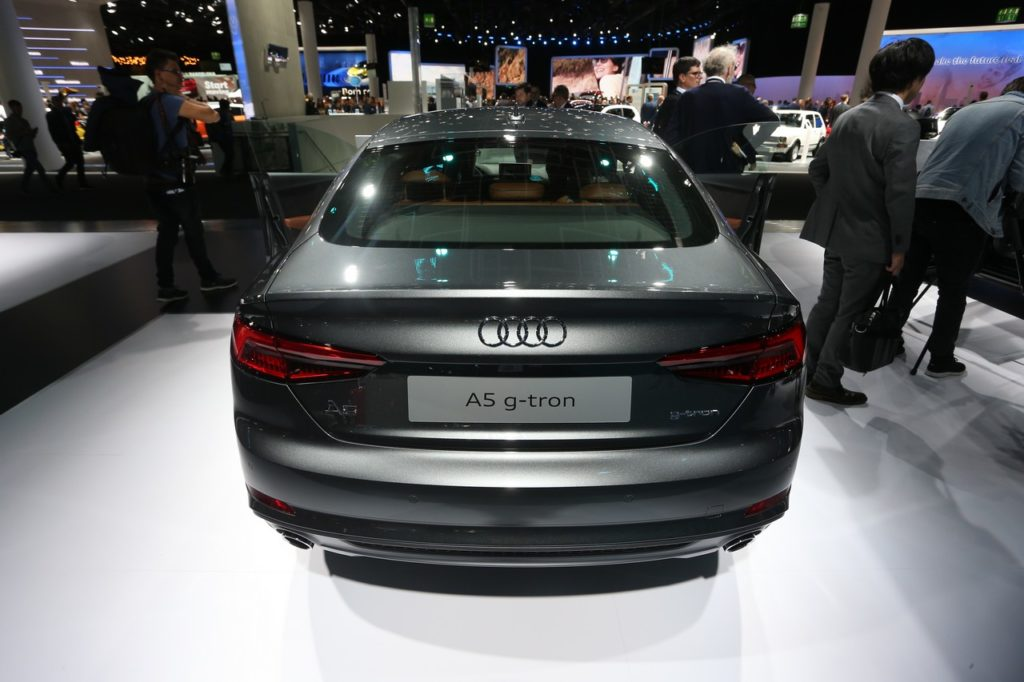 Audi A5 Sportback g-tron: il metano diventa elegante al Salone di Francoforte 2017 [FOTO LIVE]