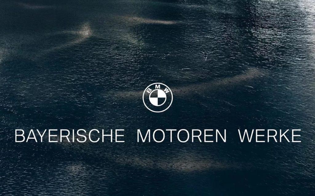 BMW annuncia un nuovo logo bianco e nero dedicato ai modelli più esclusivi [VIDEO]