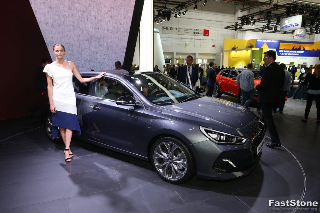 Hyundai i30 Fastback - Salone di Francoforte 2017