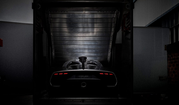 Mercedes-AMG Project One, la F1 stradale mostra i muscoli