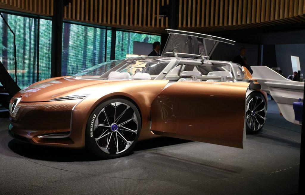 Renault Symbioz Concept: a Francoforte l'auto trasformata in salotto su ruote [FOTO e VIDEO LIVE]