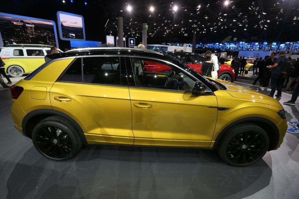 Volkswagen T Roc Il B Suv Della Casa Tedesca Debutta A