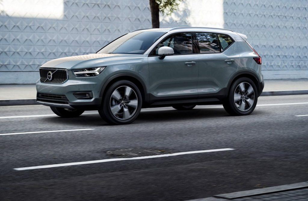 Volvo XC40, sulla sicurezza non si scherza: anticipazioni dei crash test [VIDEO]