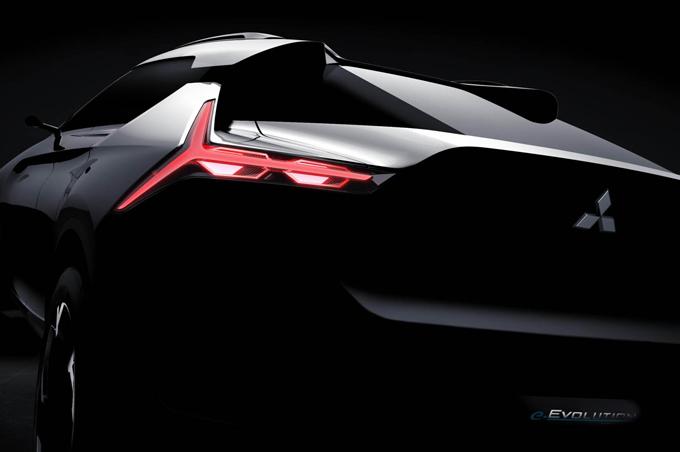Mitsubishi e-Evolution: prima immagine del prototipo di una SUV coupè elettrica [TEASER]