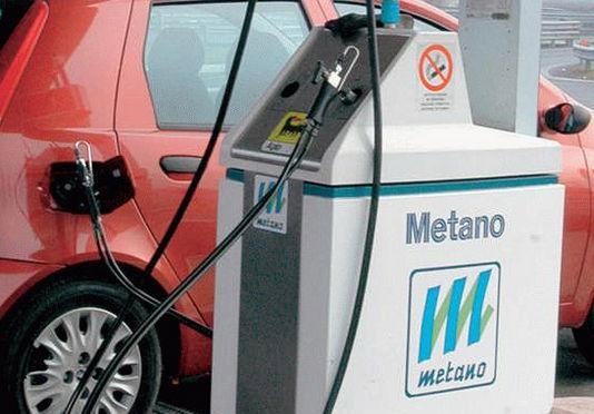 Auto a metano: come fare il pieno